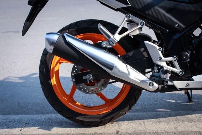 Honda cbr 150r 2015 đầy cá tính và mạnh mẽ - 4