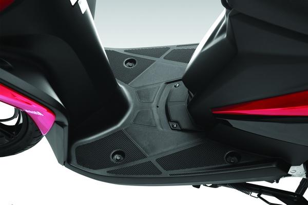 Yamaha công bố giá luvias fi 2015 - 5