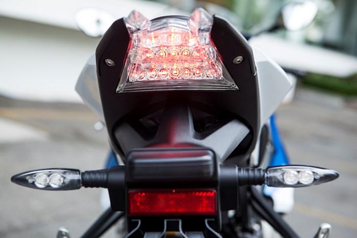 Siêu môtô bmw s1000rr 2015 về việt nam có giá hơn 700 triệu - 6