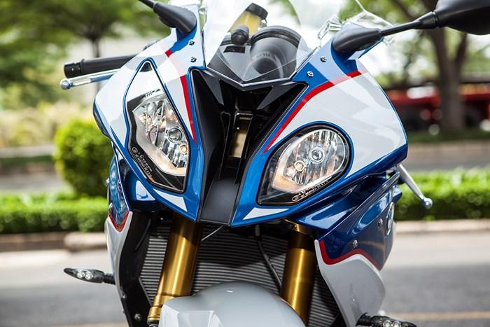 Siêu môtô bmw s1000rr 2015 về việt nam có giá hơn 700 triệu - 5