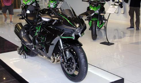 Kawasaki ninja h2 đã chính thức cập bến việt nam - 1
