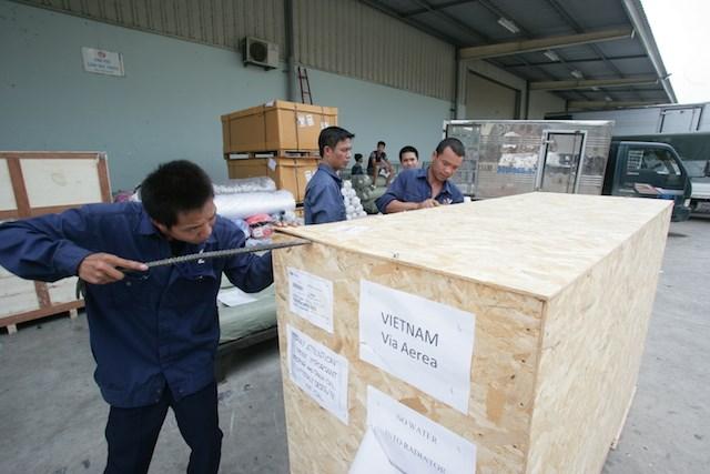 Vespa 946 emporio armani đã  chính thức có mặt tại việt nam - 2
